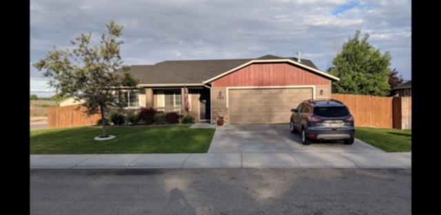 747 E Athena Ave, Boise, ID 83709 (MLS #98703862) :: Givens Group Real Estate