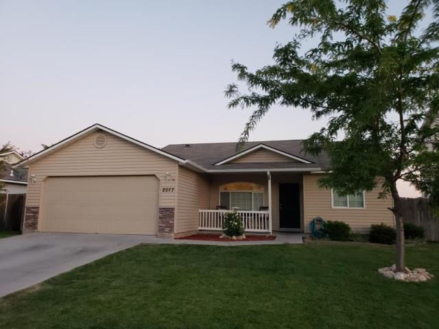 2077 W Blakes Creek Ave, Nampa, ID 83686 (MLS #98703890) :: Team One Group Real Estate