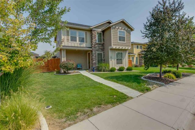 2818 N Centrepoint Way, Meridian, ID 83646 (MLS #98703919) :: Team One Group Real Estate