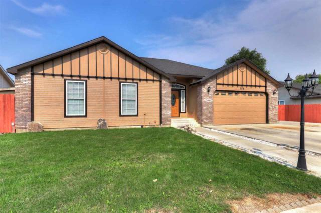 708 W Meadowbrook, Nampa, ID 83686 (MLS #98704012) :: Full Sail Real Estate