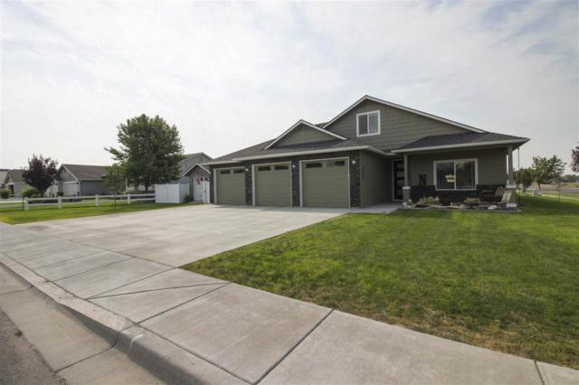 2600 Driftwood Drive, Payette, ID 83661 (MLS #98704070) :: Full Sail Real Estate