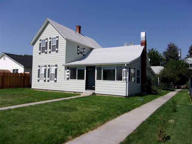 219-221 24th Ave., S, Nampa, ID 83686 (MLS #98705774) :: Zuber Group