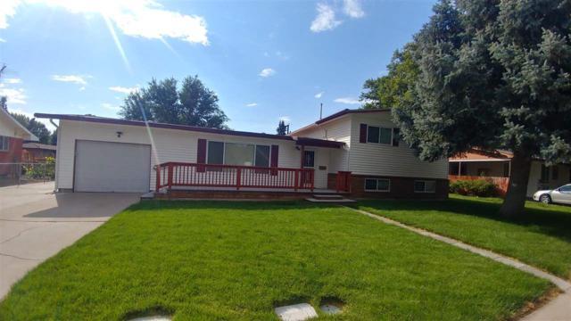 1115 N 6th E, Mountain Home, ID 83647 (MLS #98705990) :: Full Sail Real Estate