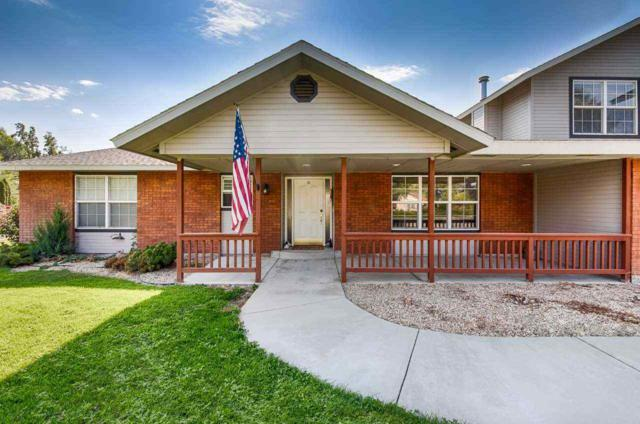 165 N Sherwood Drive, Nampa, ID 83651 (MLS #98706074) :: Full Sail Real Estate