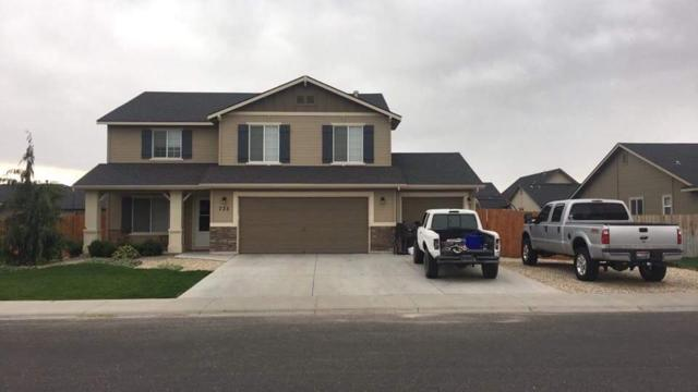 735 SW Panner St, Mountain Home, ID 83647 (MLS #98706320) :: Juniper Realty Group