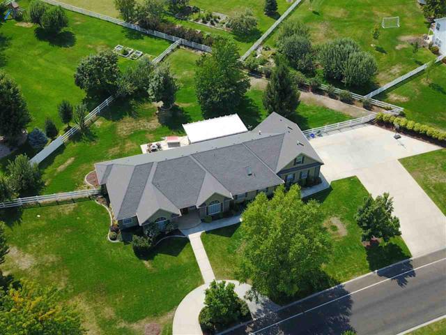 2655 W Timber Drive, Eagle, ID 83616 (MLS #98706329) :: Full Sail Real Estate