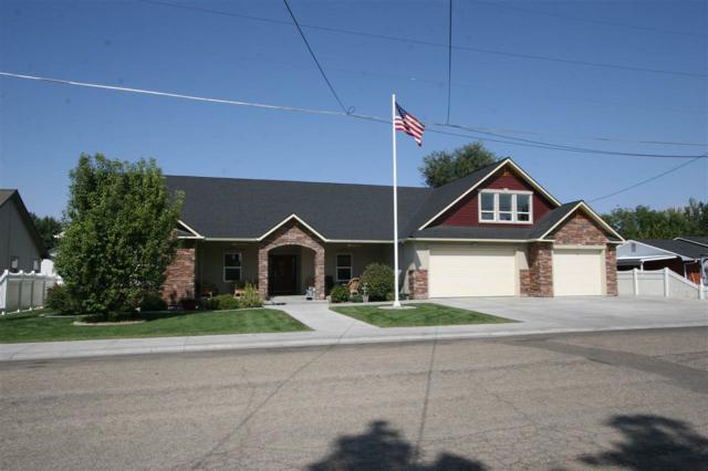 1012 Phillips, Emmett, ID 83617 (MLS #98706693) :: Boise River Realty