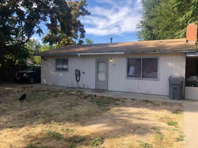1915 Summit Dr, Caldwell, ID 83605 (MLS #98707064) :: JP Realty Group at Keller Williams Realty Boise