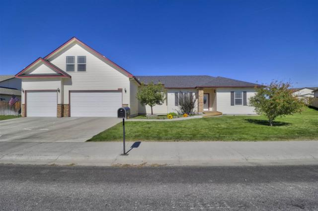 1642 Ne Bedrock, Mountain Home, ID 83647 (MLS #98707498) :: Jon Gosche Real Estate, LLC