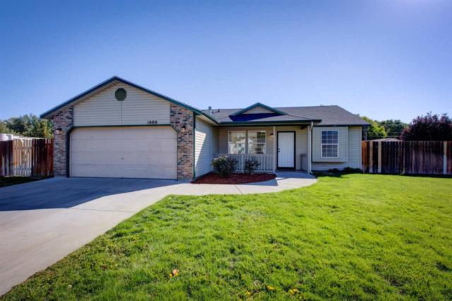 1080 Robin Place, Mountain Home, ID 83647 (MLS #98707706) :: Juniper Realty Group