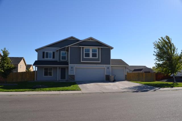 675 SW Miner Street, Mountain Home, ID 83647 (MLS #98707894) :: Full Sail Real Estate
