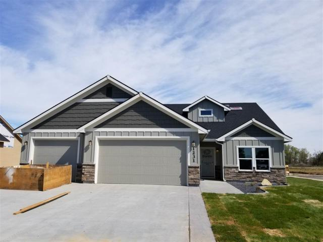 1634 Oak Ave, Fruitland, ID 83619 (MLS #98707988) :: Juniper Realty Group