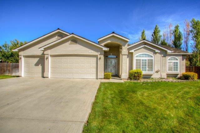 3618 W Muirfield Drive, Meridian, ID 83646 (MLS #98708275) :: Juniper Realty Group