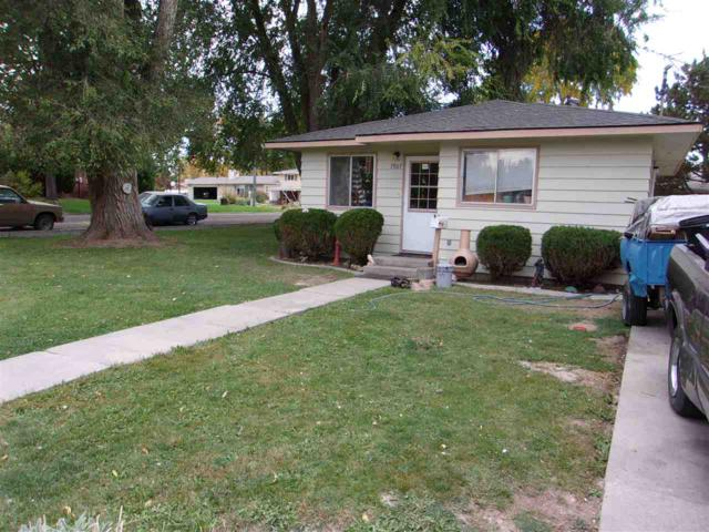 1905 Ray Ave, Caldwell, ID 83605 (MLS #98708796) :: Zuber Group