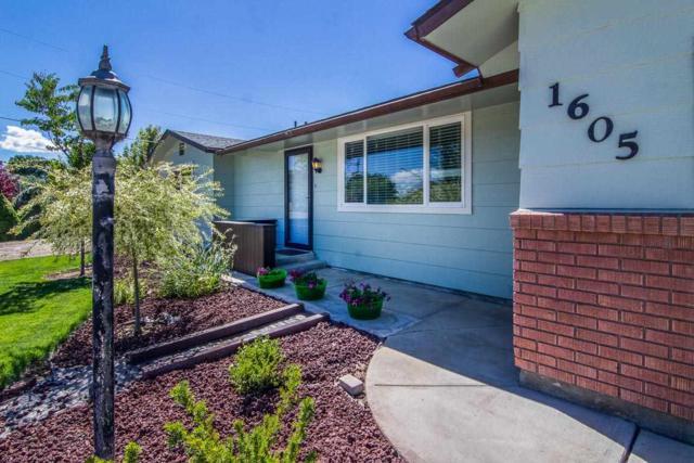 1605 Lake Lowell Ave, Nampa, ID 83686 (MLS #98708842) :: Juniper Realty Group