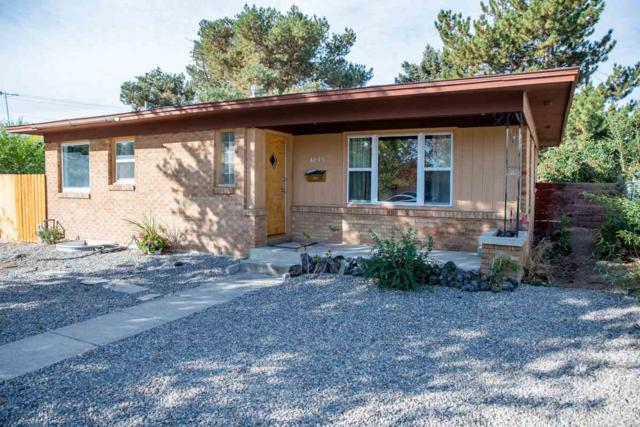 1015 N 9th East, Mountain Home, ID 83647 (MLS #98709251) :: Juniper Realty Group