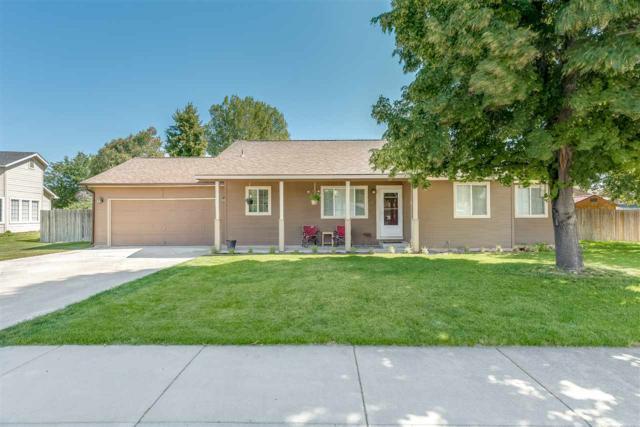 698 N Topanga Ct, Kuna, ID 83634 (MLS #98709733) :: Alex Peterson Real Estate