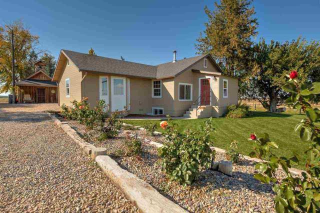 19857 Tucker Rd, Greenleaf, ID 83626 (MLS #98709924) :: Build Idaho