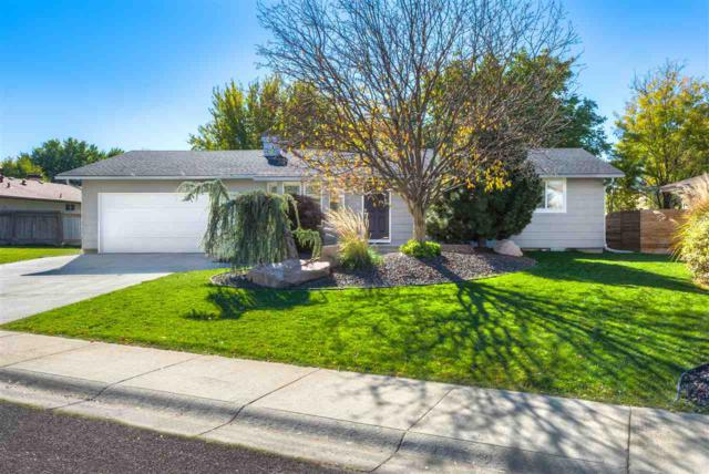 9477 W Linfield Place, Boise, ID 83704 (MLS #98710029) :: Full Sail Real Estate
