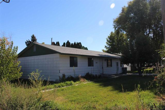 210 W 2nd Ave, Marsing, ID 83639 (MLS #98710130) :: JP Realty Group at Keller Williams Realty Boise