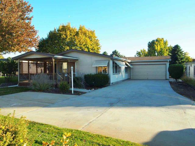 8301 W Willowcourt Drive, Garden City, ID 83714 (MLS #98710229) :: Epic Realty