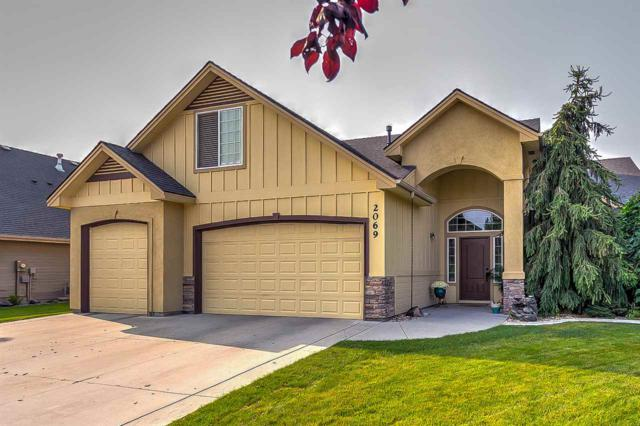 2069 W Boulder Bar Dr, Meridian, ID 83646 (MLS #98710409) :: Build Idaho