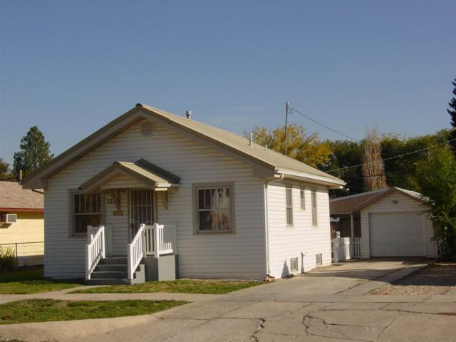 712 18th Avenue South, Nampa, ID 83651 (MLS #98710456) :: Full Sail Real Estate
