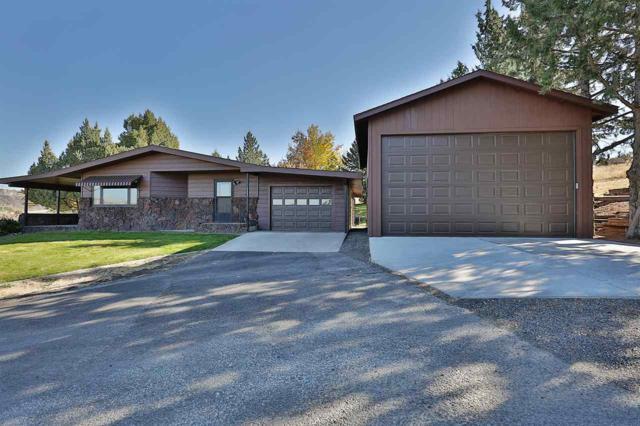 1447 River Road, Buhl, ID 83316 (MLS #98710544) :: Ben Kinney Real Estate Team