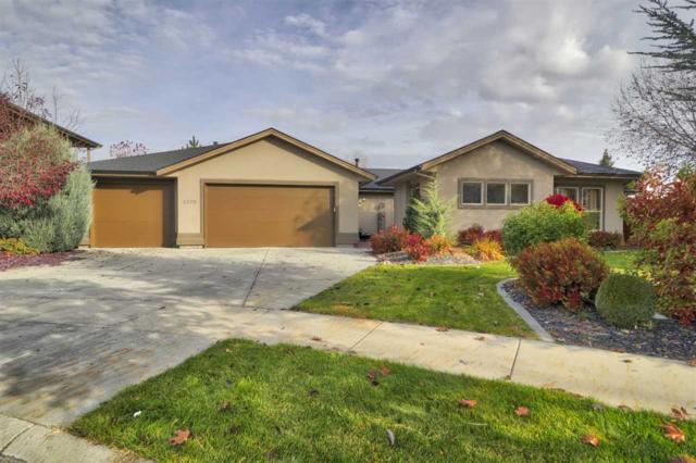 5320 N Red Hills Pl, Meridian, ID 83646 (MLS #98710846) :: Full Sail Real Estate