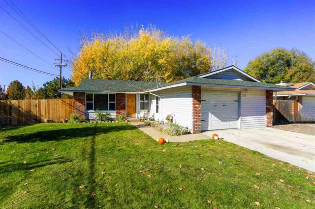 2219 S Fern St, Nampa, ID 83686 (MLS #98711388) :: Full Sail Real Estate