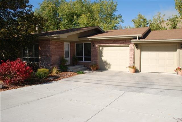 3708 W Catalpa, Boise, ID 83703 (MLS #98711491) :: Full Sail Real Estate