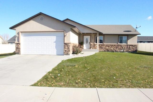 908 Glen Eagle Dr., Jerome, ID 83338 (MLS #98711748) :: Full Sail Real Estate