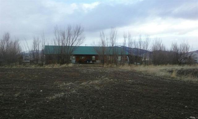 175 N 200 E, Fairfield, ID 83327 (MLS #98711766) :: Team One Group Real Estate