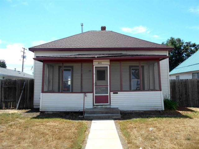 315 E Park, Emmett, ID 83617 (MLS #98711834) :: Full Sail Real Estate