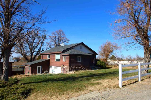 1667 S Joe King Road, Hammett, ID 83627 (MLS #98712737) :: Jon Gosche Real Estate, LLC