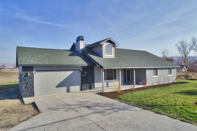 2300 S Mill Rd., Emmett, ID 83617 (MLS #98712739) :: Jon Gosche Real Estate, LLC