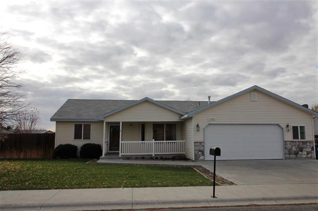 1043 NW Kloe, Mountain Home, ID 83647 (MLS #98712906) :: Juniper Realty Group