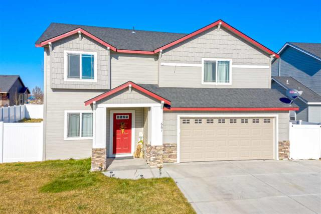 661 Clinton Drive, Twin Falls, ID 83301 (MLS #98713095) :: Jon Gosche Real Estate, LLC