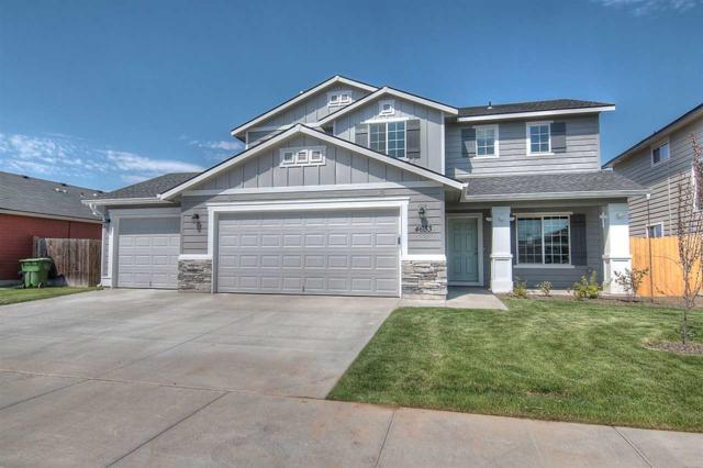 805 SW Miner, Mountain Home, ID 83647 (MLS #98713799) :: Jackie Rudolph Real Estate