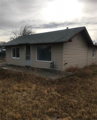 867 W 3rd, Twin Falls, ID 83301 (MLS #98714874) :: Jackie Rudolph Real Estate