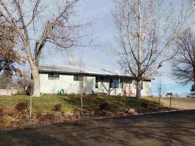 921 N 9th Street, Parma, ID 83660 (MLS #98715188) :: Full Sail Real Estate