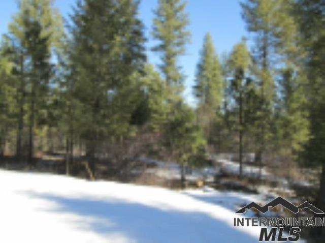Lot 14 Hoot Owl Ct., Garden Valley, ID 83622 (MLS #98715533) :: Juniper Realty Group