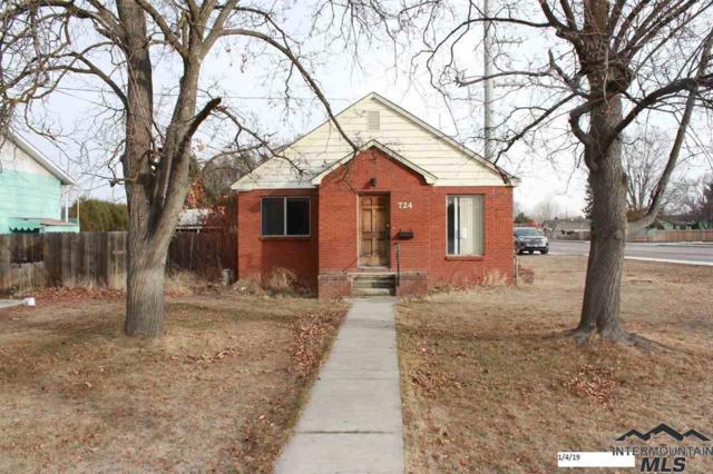 724 S Powerline Rd, Nampa, ID 83686 (MLS #98715778) :: Jon Gosche Real Estate, LLC