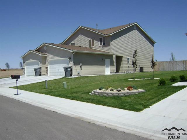 1604 NE Cinder Loop, Mountain Home, ID 83647 (MLS #98715843) :: New View Team