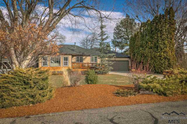 4810 W Hillcrest Drive, Boise, ID 83705 (MLS #98716194) :: Full Sail Real Estate
