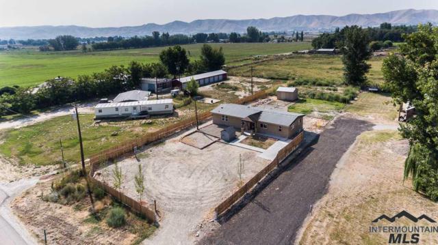 1761 Highway 52, Emmett, ID 83617 (MLS #98716600) :: Build Idaho