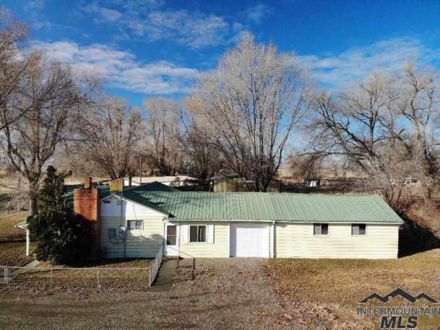 956 SE Hamilton Rd, Mountain Home, ID 83647 (MLS #98716833) :: Juniper Realty Group