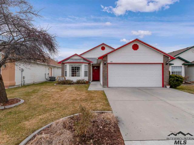 251 Spinosa Dr, Meridian, ID 83646 (MLS #98717296) :: Full Sail Real Estate