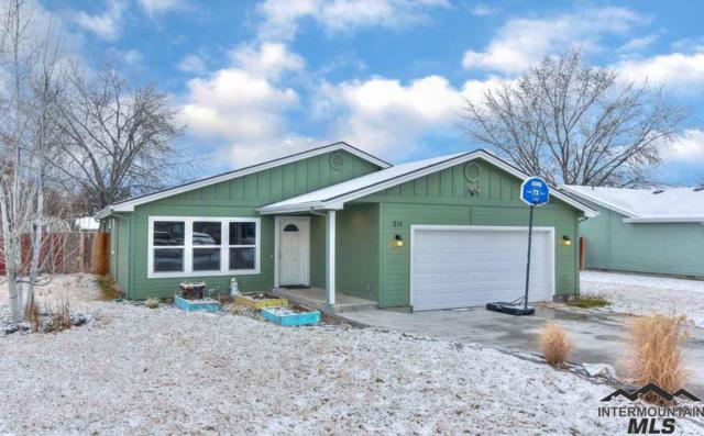 211 E Spruce St, Caldwell, ID 83605 (MLS #98717617) :: Juniper Realty Group