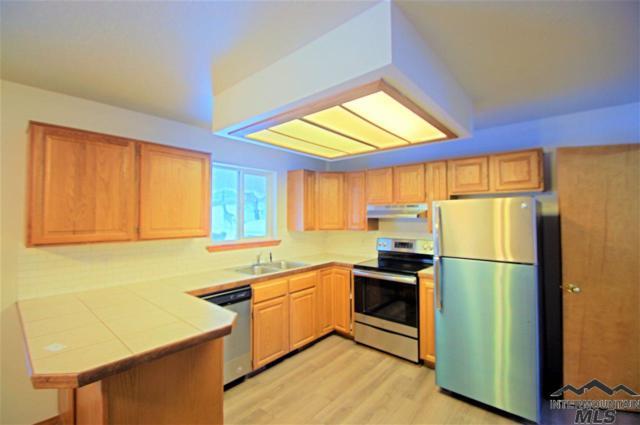 516 N School Street, Cascade, ID 83611 (MLS #98718146) :: Bafundi Real Estate